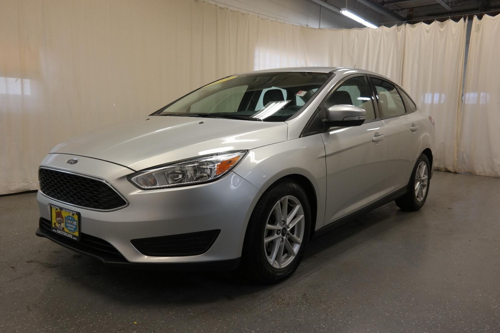 2016 ford focus se gas mileage blog post review 2016 ford focus se affordable and 2016 ford. Black Bedroom Furniture Sets. Home Design Ideas
