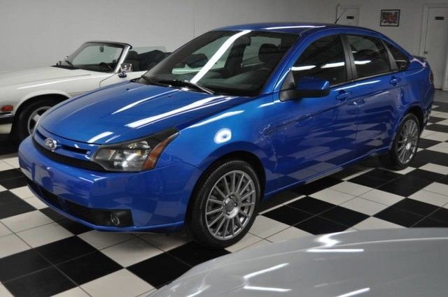 Great 2011 Ford Focus SES – ELECTRIC BLUE – 17″ DOUBLE ...