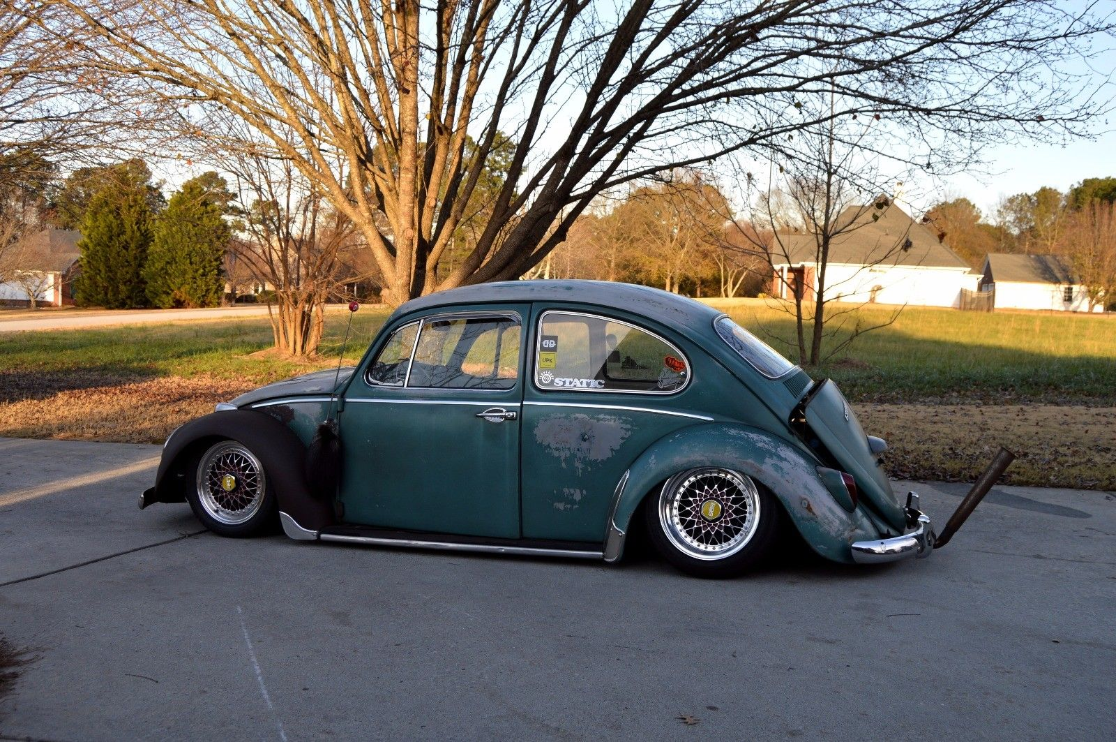Category/car Reviews >> Amazing 1966 Volkswagen Beetle – Classic Lowered 1966
