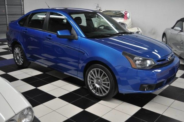 2011 Ford Focus Ses Electric Blue 17 Double Spoke Rims 2011 Ford Ses Low Miles Like New 2017 2018 Mycarboard Com