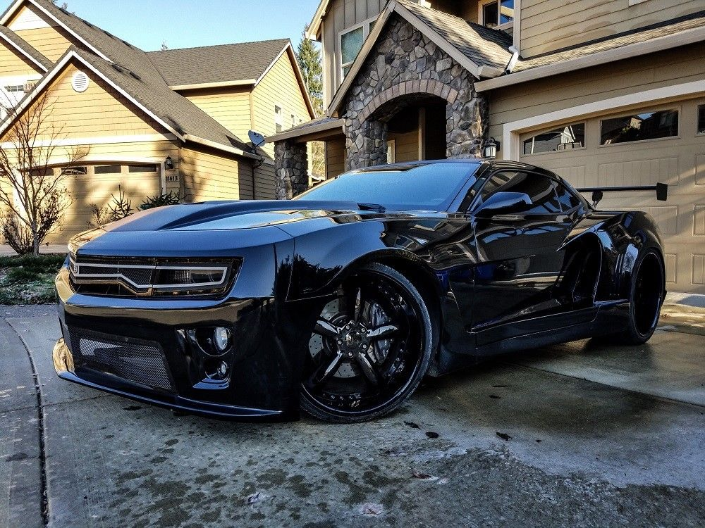 Awesome 2017 Chevrolet Camaro Ss Custom Chevy With Only 11k Miles 1 Owner No Reserve 2018