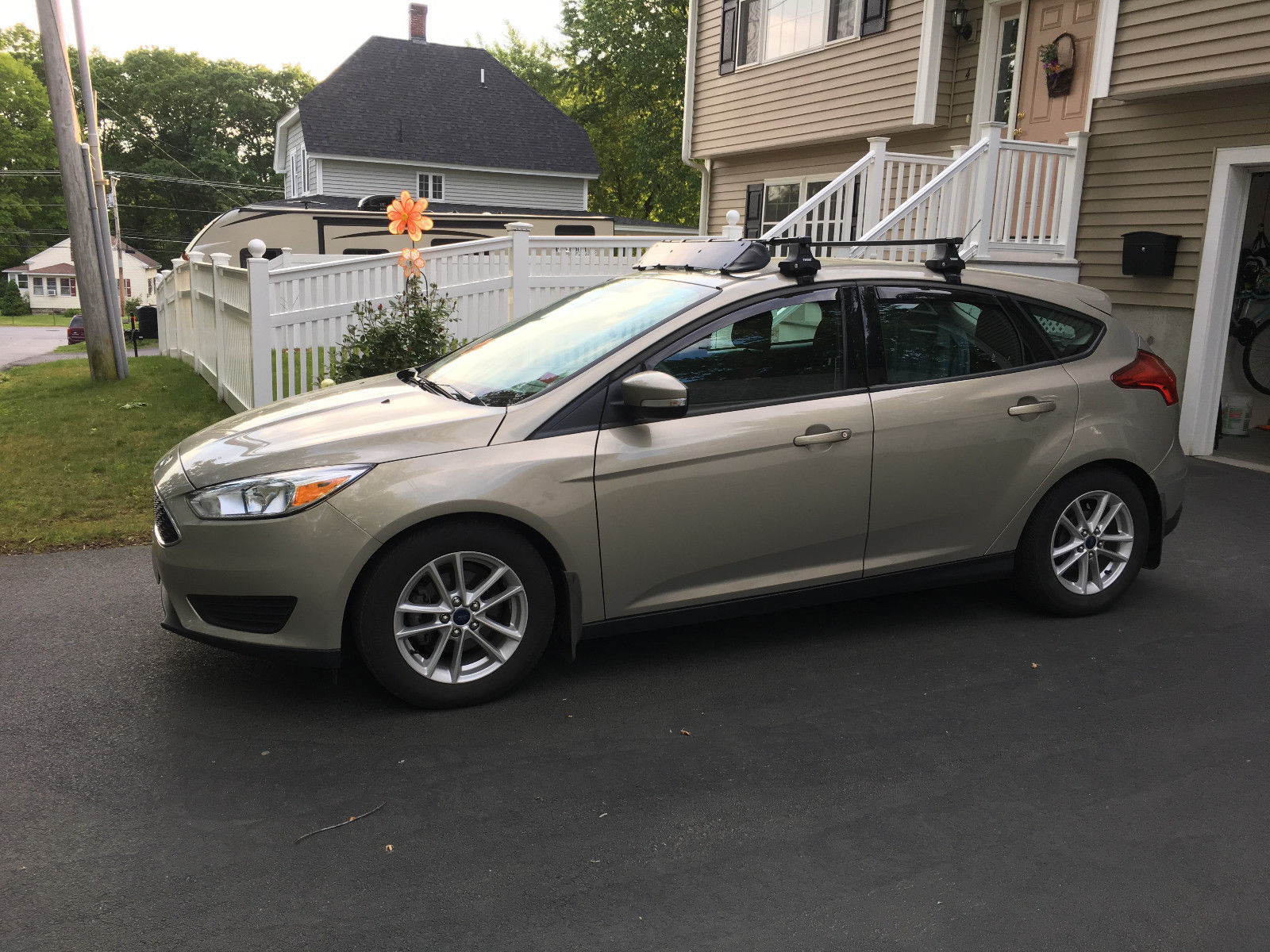 Used 2015 Ford Focus Se 2015 Ford Focus Se Hatchback 1l W 6 Speed Manual 2017 2018 Is In Stock And For Sale Mycarboard Com