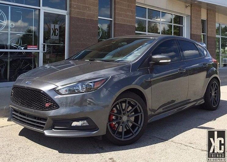 Great 2017 Ford Focus St St3 Package Super Clean Low Miles 2018
