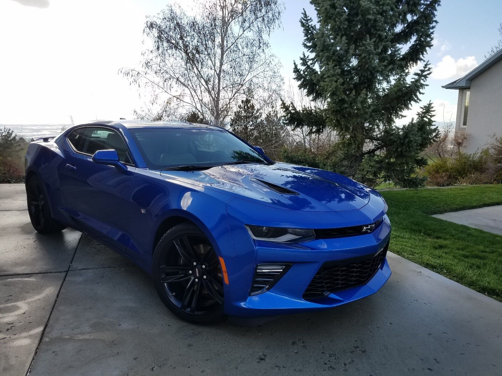 Awesome 2016 Chevrolet Camaro 2ss Hyper Blue Metallic 3 500 Miles 2018