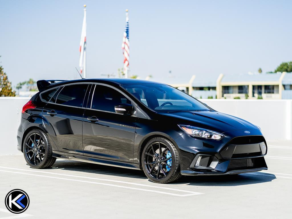 great  ford focus rs  ford focus rs  speed manual hatchback  owner   miles