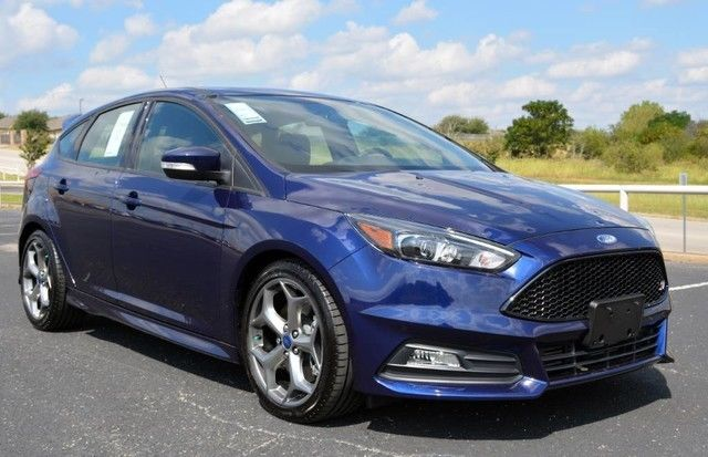 Great 2017 Ford Focus St Hatchback Hail Damage 138 Miles Full Factory Warranty Whole 2018