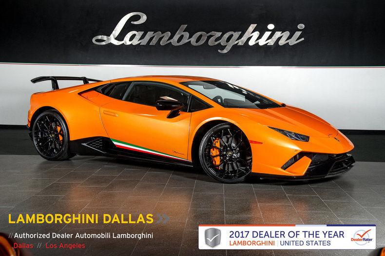 Awesome 2018 Lamborghini Huracan Carbon Fiber Alcantara Inter Nav