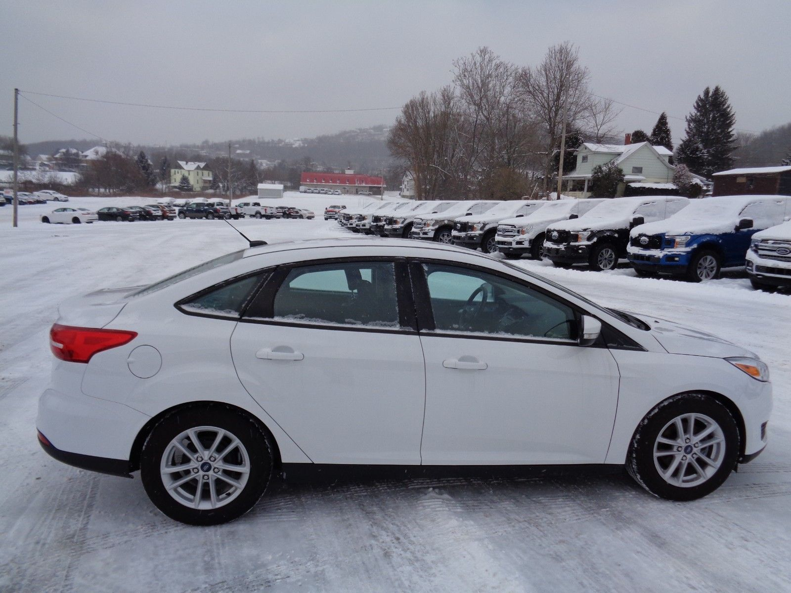 Amazing 2016 Ford Focus Se Automatic White Sedan 2 0l Cold Weather Package Heated Seats 4k Mi 2017 2018