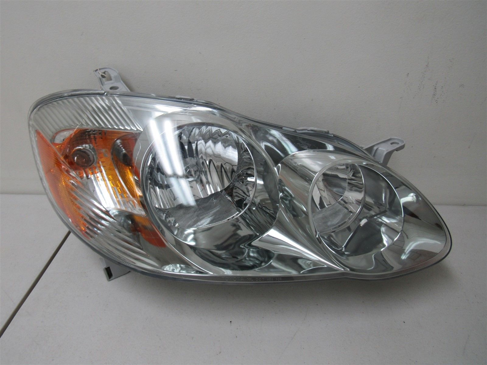 Awesome 2005 2006 2007 2008 Toyota Corolla Right Headlight 2018 2019