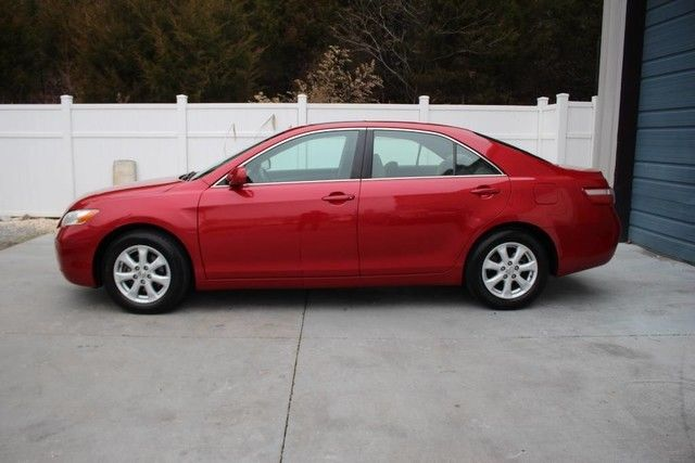 Amazing 2007 Toyota Camry 2007 Toyota Camry SE Auto Sunroof JBL Bluetooth  34 Mpg Sdn 07 Knoxville TN 2018 2019