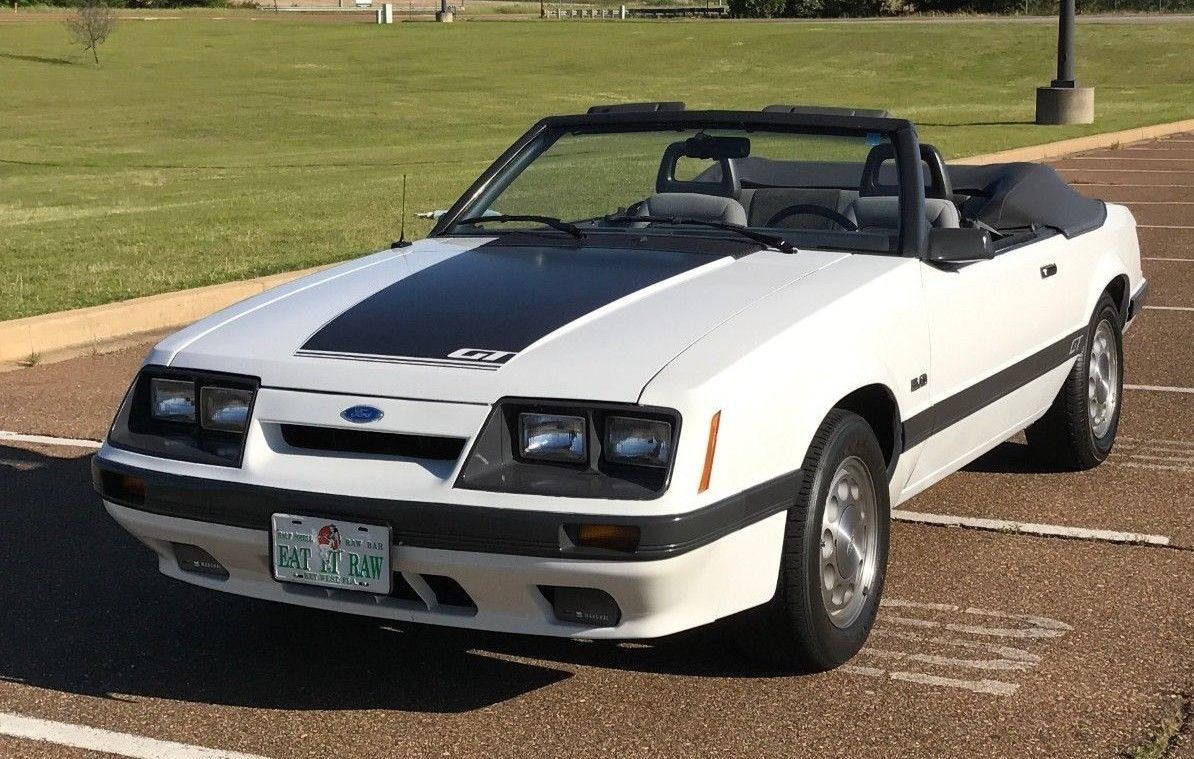 Awesome 1985 ford mustang gt 1985 mustang gt convertible 5 speed rare low reserve 2018 2019