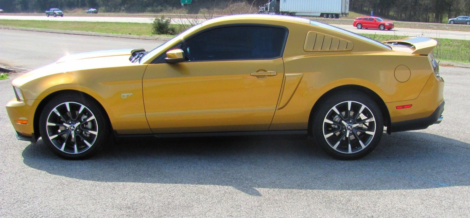Great 2010 Ford Mustang GT Premium 2010 Ford Mustang GT. 5 Speed manual.  Excellent Condition 12,330 Miles. 1 owner 2017/2018