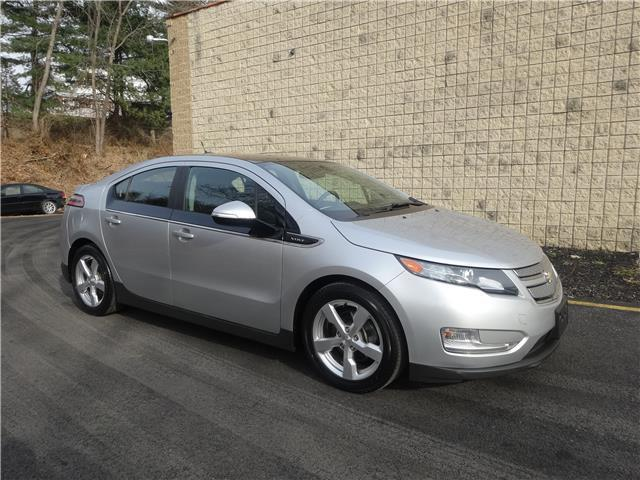 Amazing 2017 Chevrolet Volt Plug In Gas 94 Combined Mpg 149 Hp Electric Nav Ready Leather Great 2018 2019