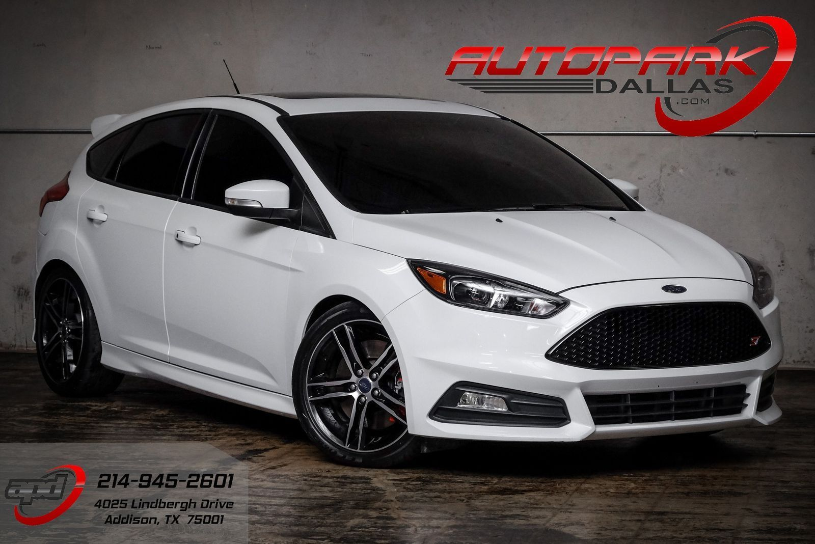 Awesome 2016 Ford Focus ST w/ Upgrades! COBB Tuned, Exhaust, Financing  Available! 2018-2019