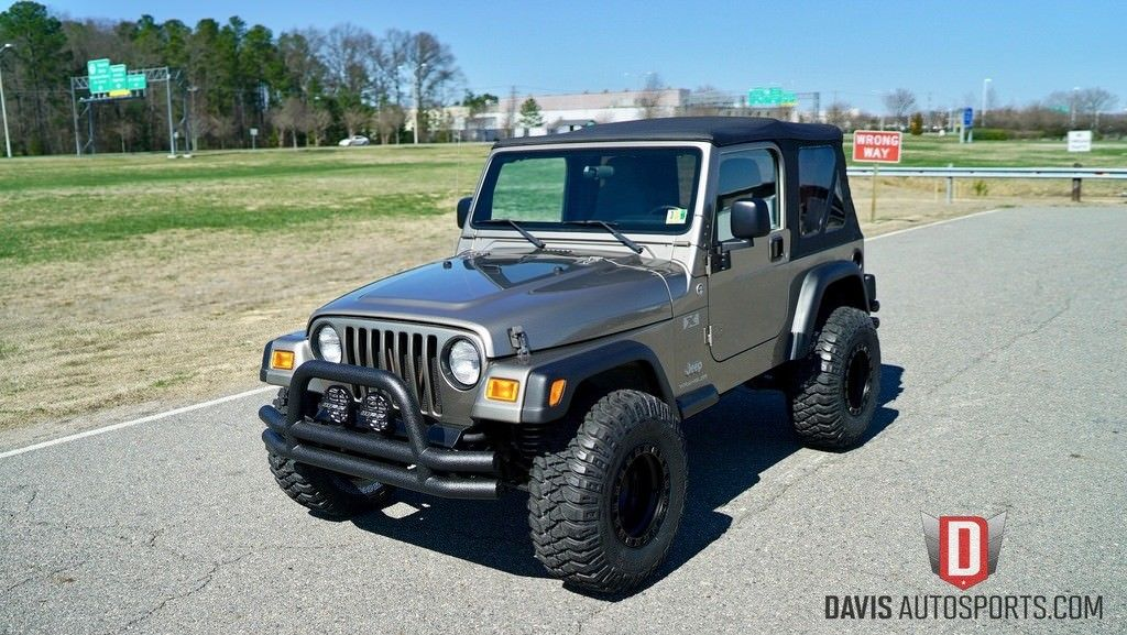 Amazing 2006 Jeep Wrangler X Sport Utility 2 Door 2006 JEEP WRANGLER X /  69k MILES / 1 OWNER / LIFTED 2017/2018