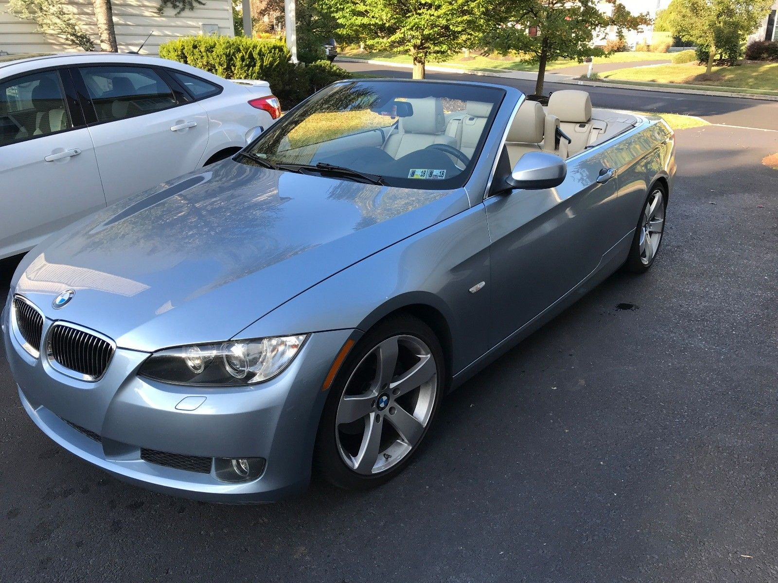 Awesome 2010 BMW 3 Series 328i Convertible 70K Miles