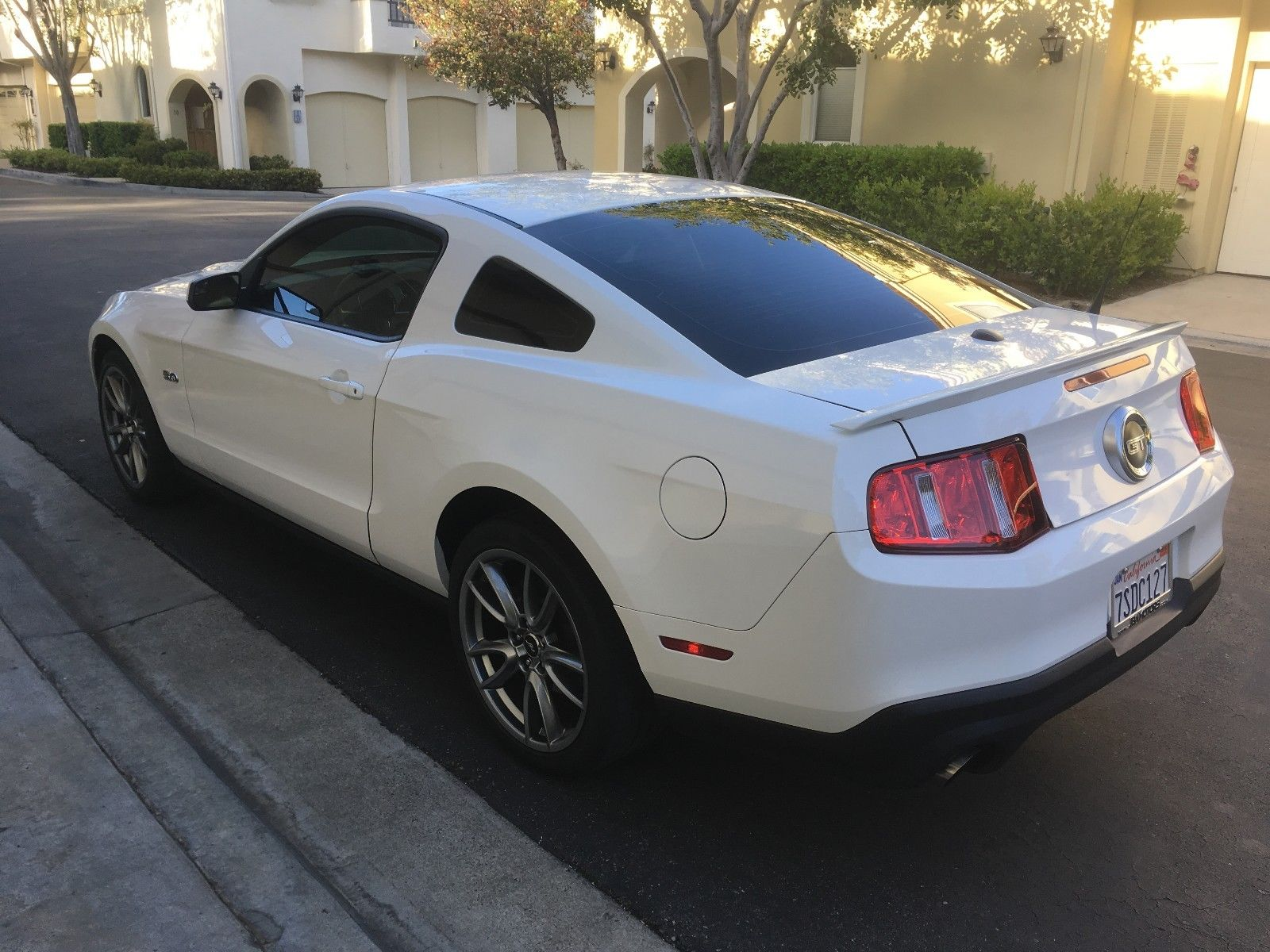 Awesome 2012 ford mustang gt premium 2012 mustang gt premium brembo track pak 2018 2019