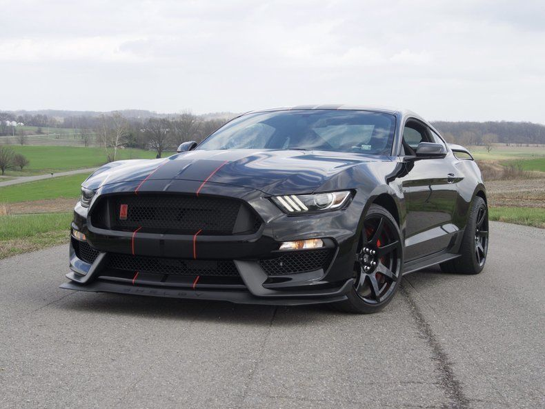 Great 2016 Ford Mustang Shelby Gt350r Shadow Black 235 Miles Brand New 2017 2018
