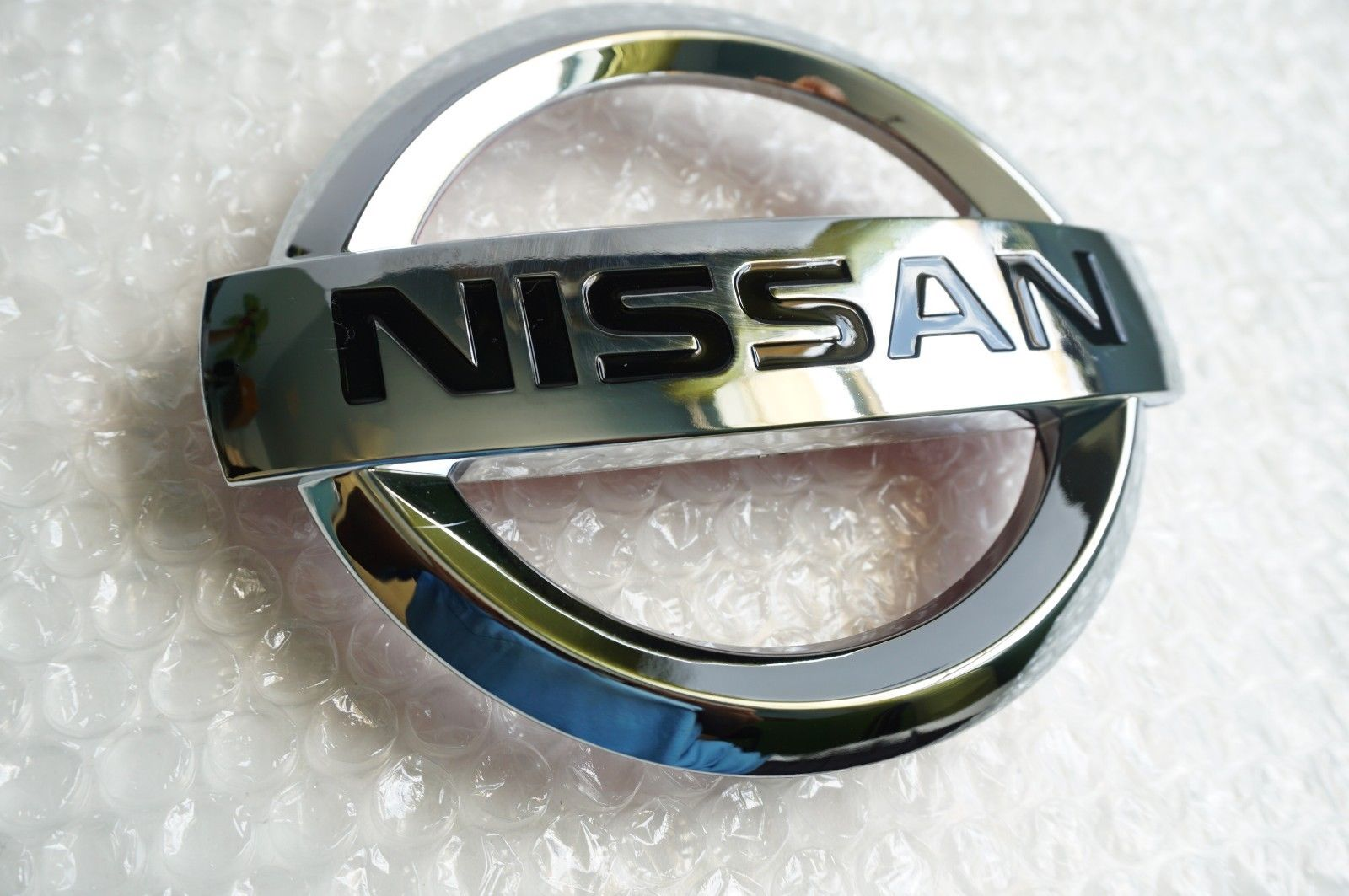 Amazing New 2007 2017 Nissan Altima Front Grille Emblem Hood Grill Chrome 62890 Ja000 2018