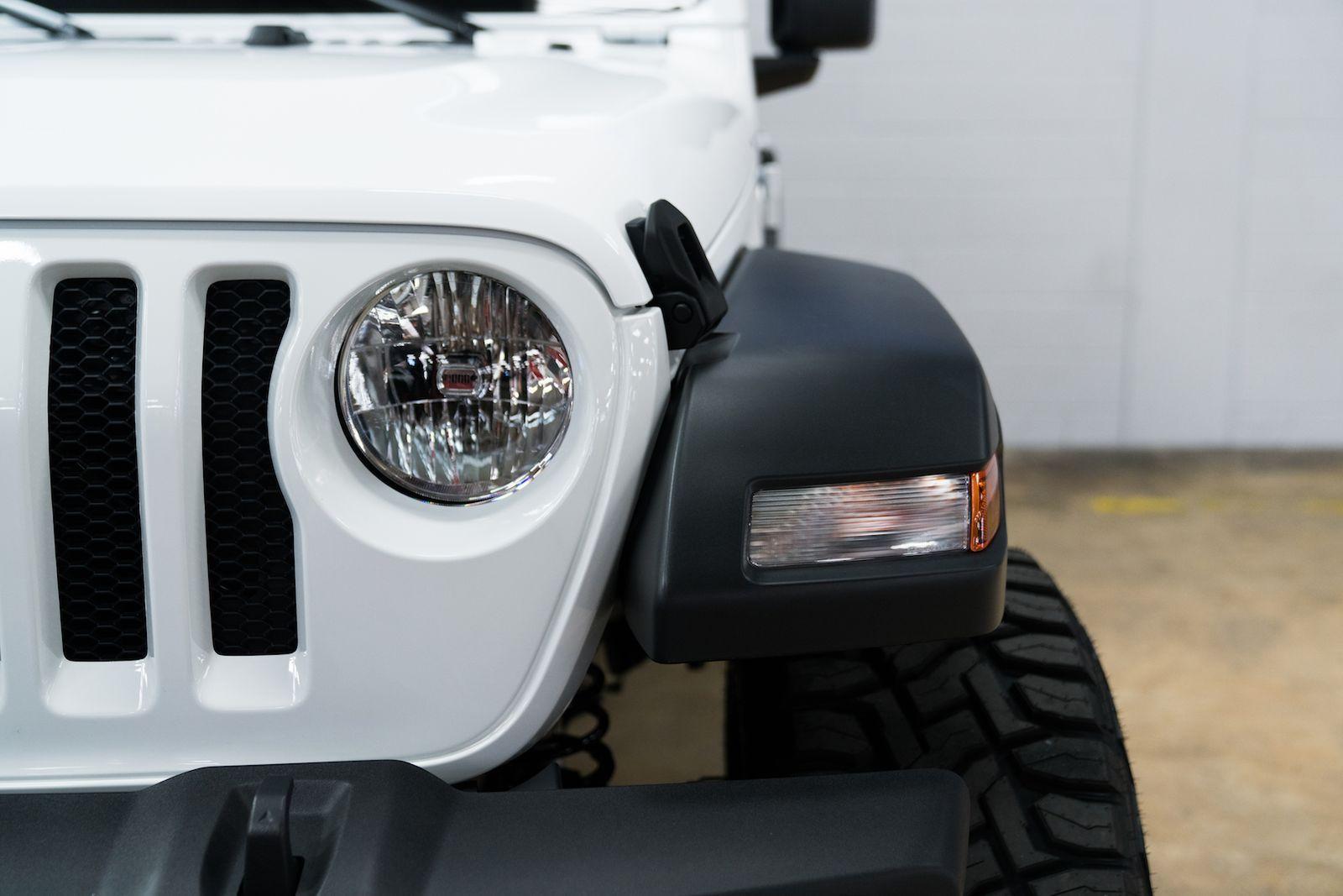 Great Jeep Wrangler Unlimited Sport S Custom Mopar 2 5″ Lift w/FOX Shocks   35″ Toyo Tires  20″ Asanti Wheels  N-Fab Steps  2019
