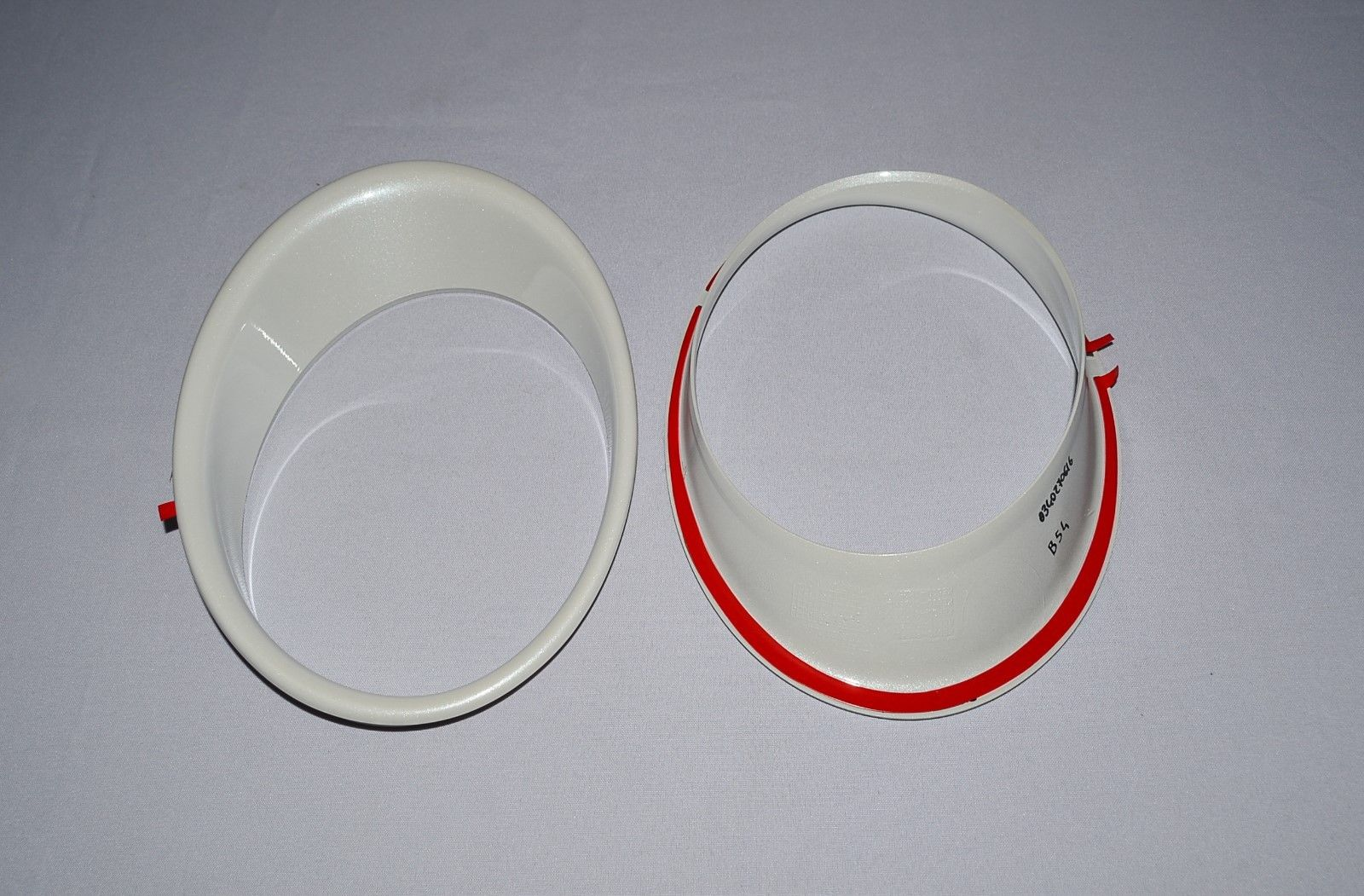 NEW GENUINE OEM NISSAN COLOR STUDIO WHITE HEADLIGHT TRIM RINGS KE610-BV260WP QAB