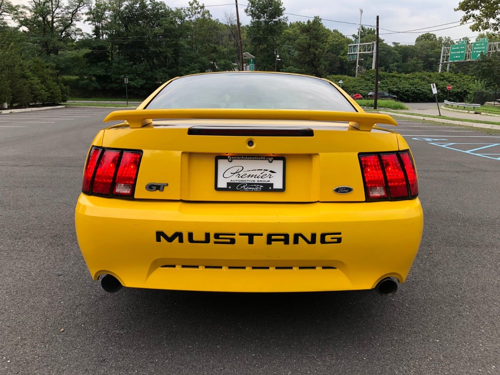 Amazing 2004 Ford Mustang GT 2004 Ford Mustang GT 4 6L V8 5-speed  (Screaming Yellow) Headers / Exhaust 2018-2019