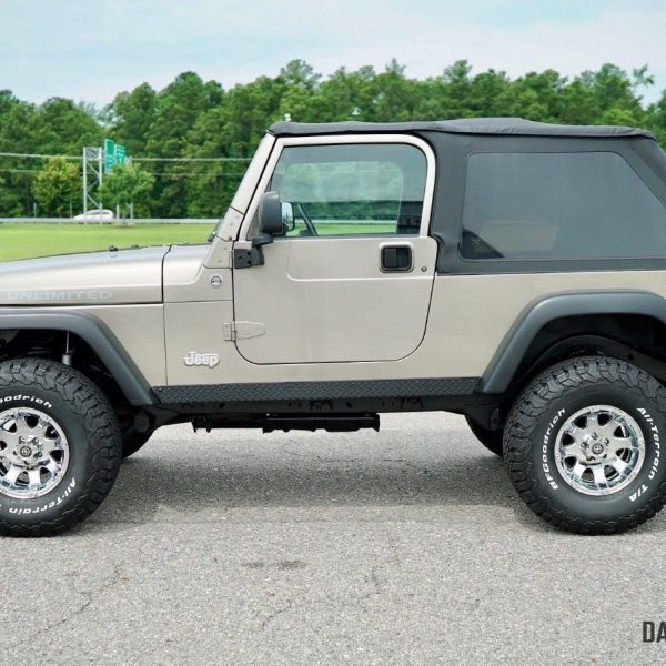2006 Jeep Wrangler Unlimited: Awesome 2006 Jeep Wrangler Unlimited LJ 2-Door 2006 JEEP