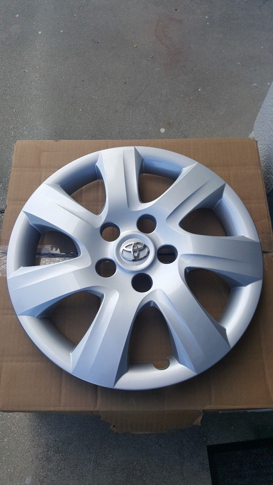 Great 16 Hubcap Wheelcover 1 Fits Toyota Camry 2010 11 Replaces 4260206050 H 61155 2018 2019