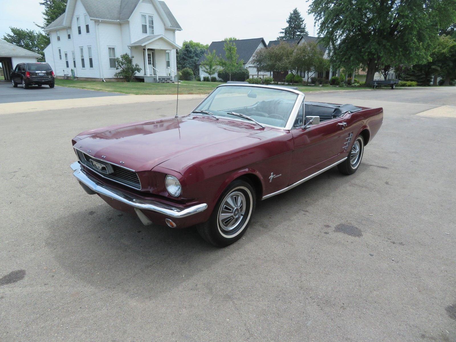 Great 1966 ford mustang convertible 1966 ford mustang convertible see video power top power steering 70 69 68 67 65 2019