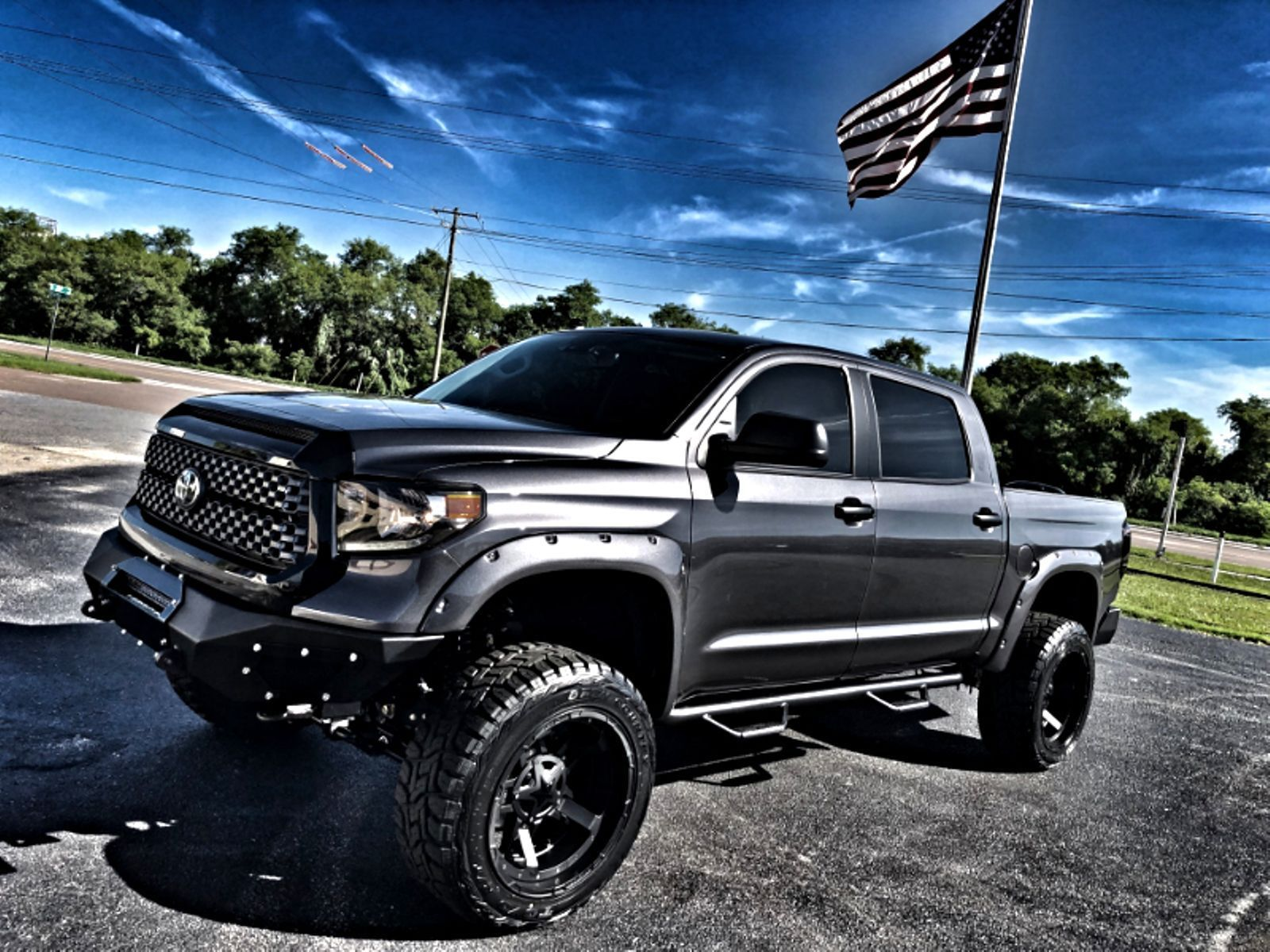 Great Toyota Tundra CUSTOM LIFTED LEATHER CREWMAX 4X4 V8 ...