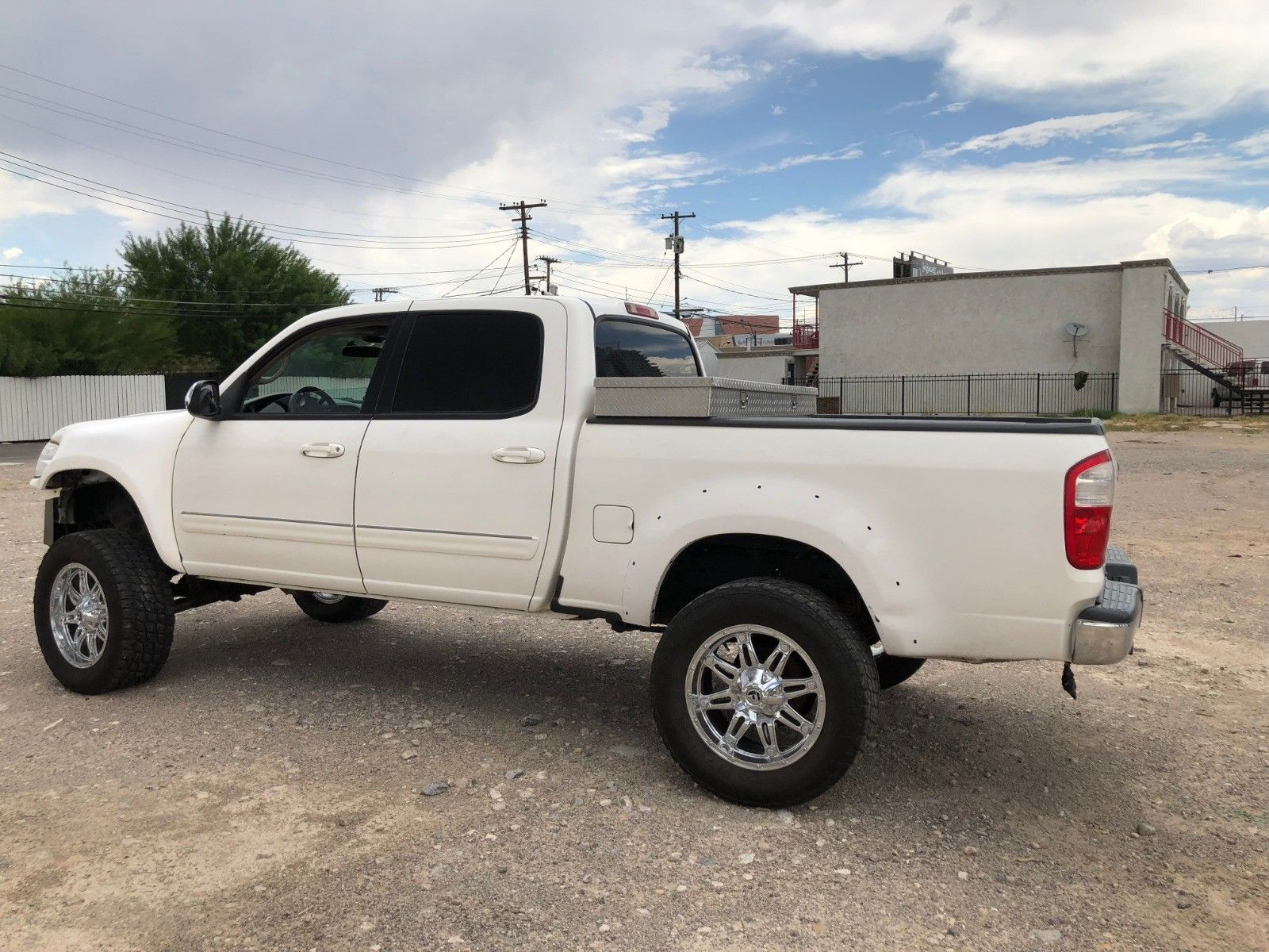 Awesome 2004 Toyota Tundra 4 Door Wheel Drive Truck Lifted Item Specifics