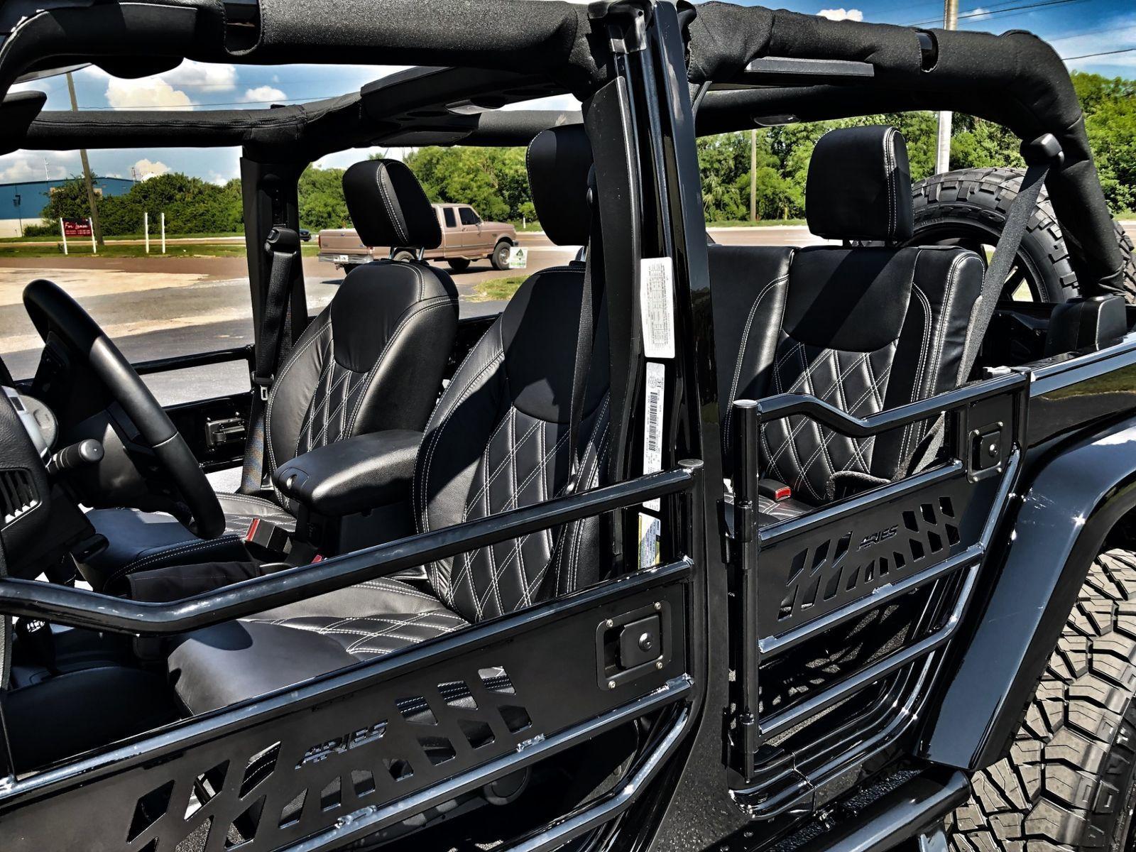 Black Lifted Jeep >> Jeep Wrangler JK Unlimited BLACK N SILVER SAHARA CUSTOM ...