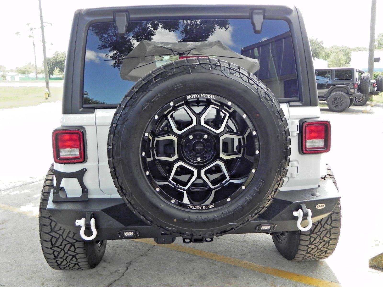 Awesome 2018 Jeep Wrangler Unlimited White Custom Built