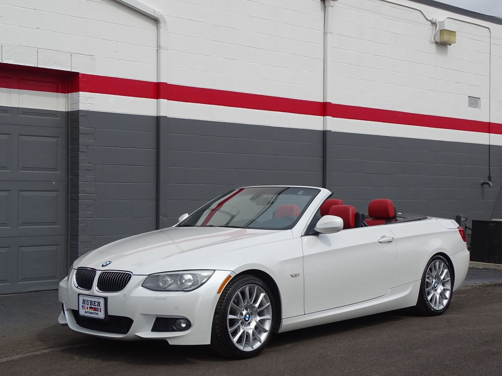 3 Series Bmw 328i 97k Mil Convertible I 6 Cyl Automatic Mineral White Coral Red Interior 2018 2019 Is In Stock And For Sale Mycarboard Com